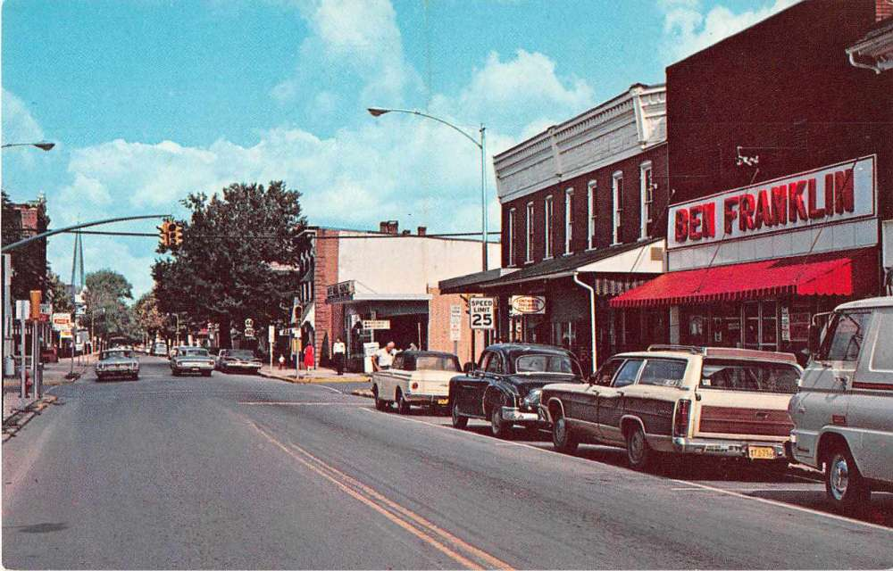 Franklin, Pennsylvania ~ Liberty Street ~ Commercial Area